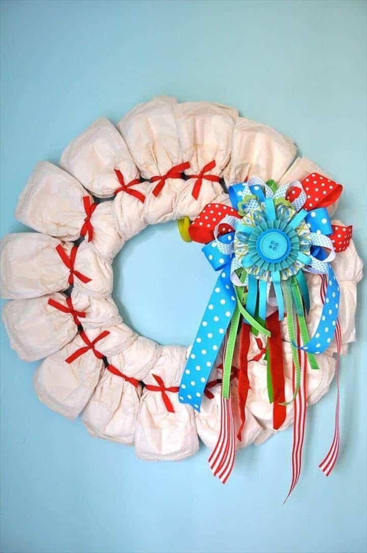 decoración de corona de pañales para dormitorios de bebés