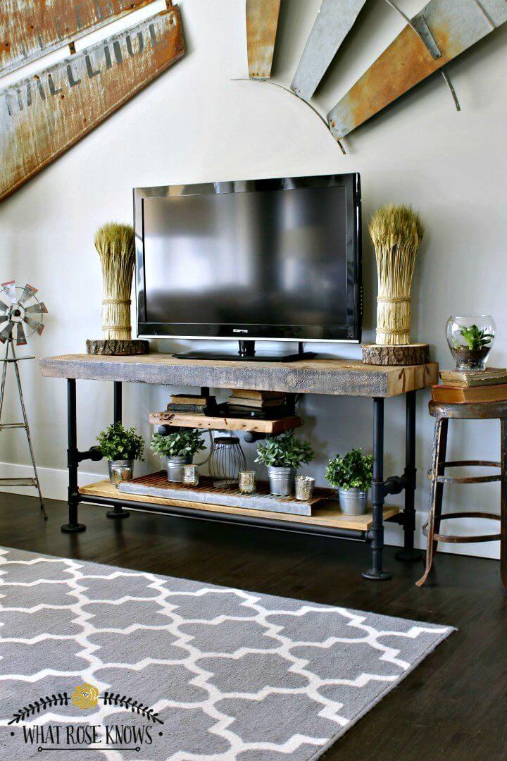 Tutorial fácil de soporte de TV para TV de tubo negro y madera recuperada de bricolaje
