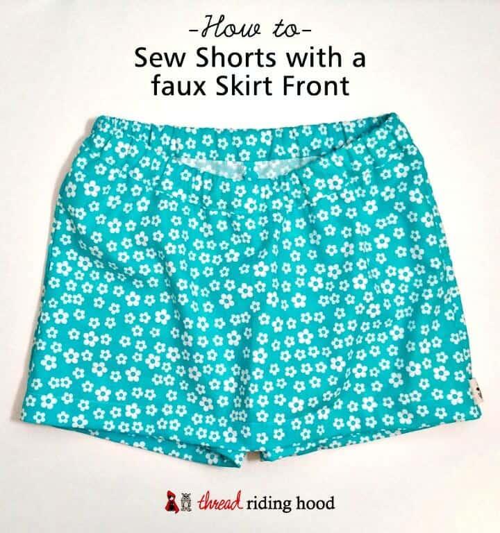 Pantalones cortos sencillos de bricolaje con una falda de imitación al frente