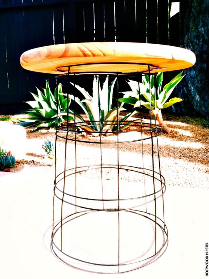 Cómo hacer una mesa de patio de alambre de bricolaje para su jardín