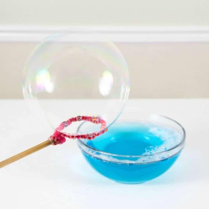 Receta fácil de burbujas caseras