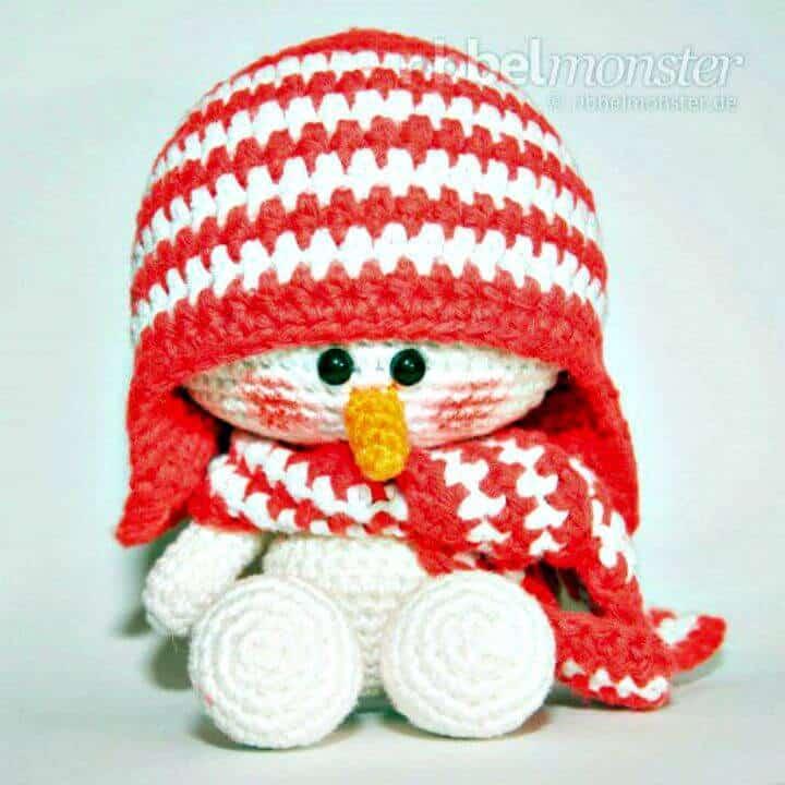 Patrón de muñeco de nieve amigurumi de ganchillo gratis