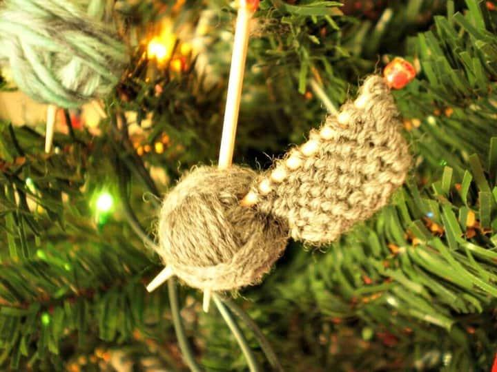 Patrón de adornos Easy Knit WIP
