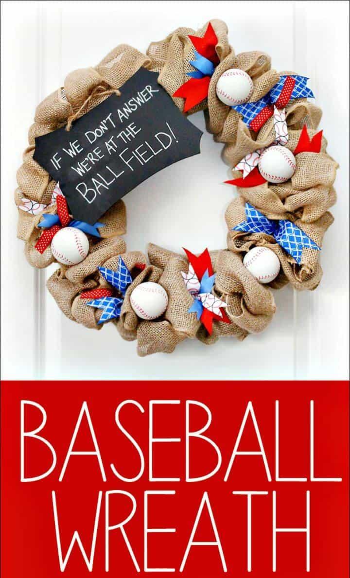 Guirnalda de béisbol fácil de hacer para la puerta principal - Manualidades de béisbol de bricolaje