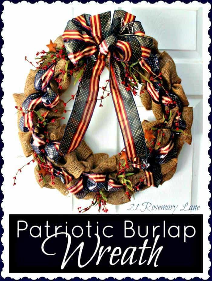 Corona del cuatro de julio - Corona de arpillera patriótica