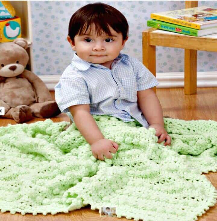 Lindo patrón de manta de bebé de crochet Bobble gratis