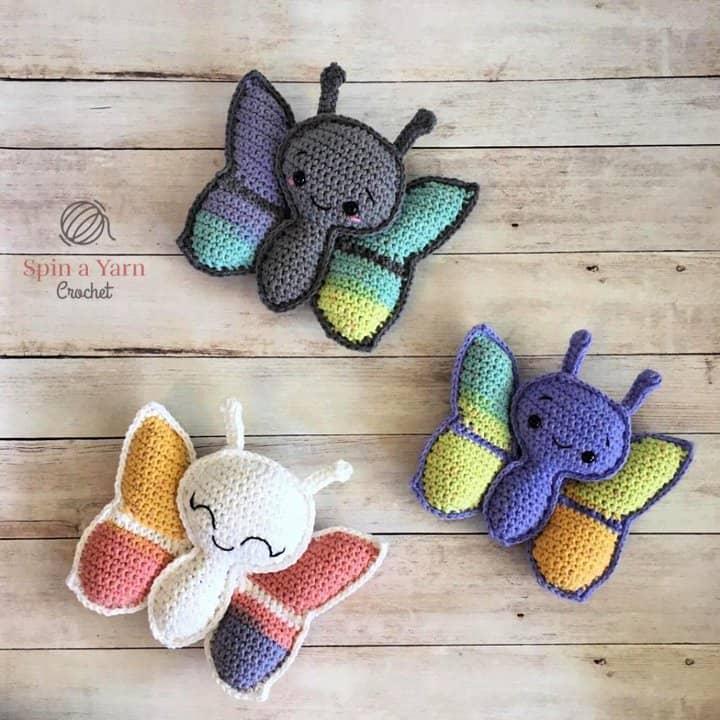 Patrón de amigurumi mariposa de ganchillo gratis