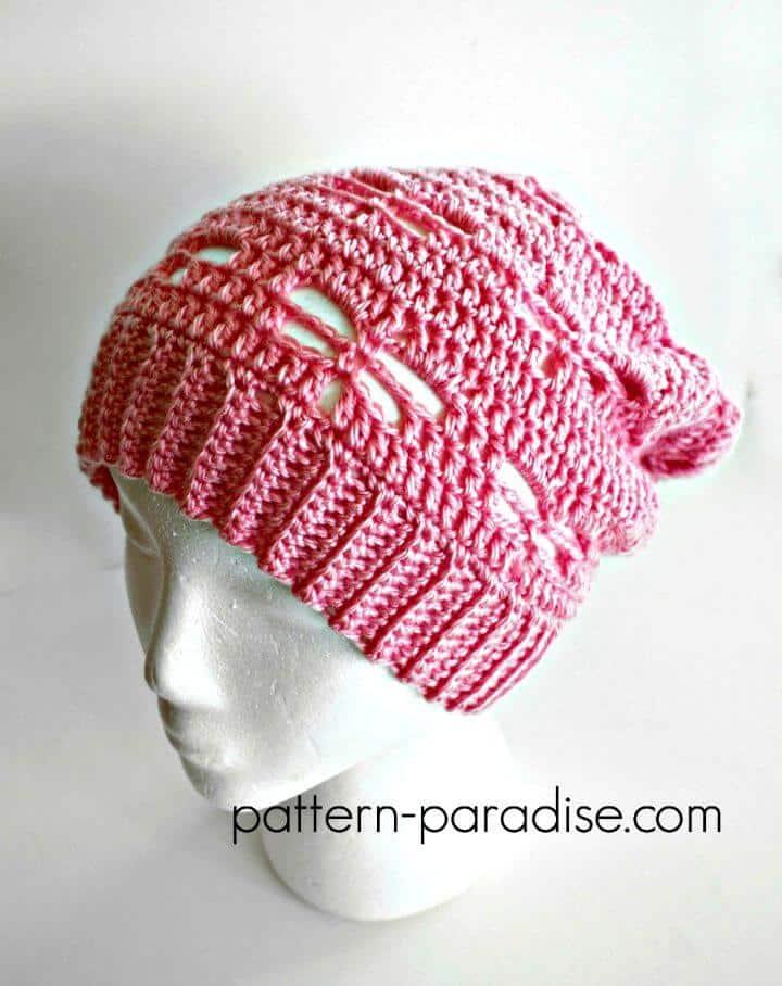 Patrón de sombrero holgado de libélula de ganchillo gratis