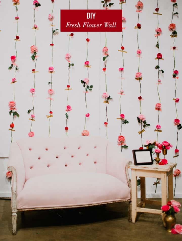 Telón de fondo de pared de flores frescas
