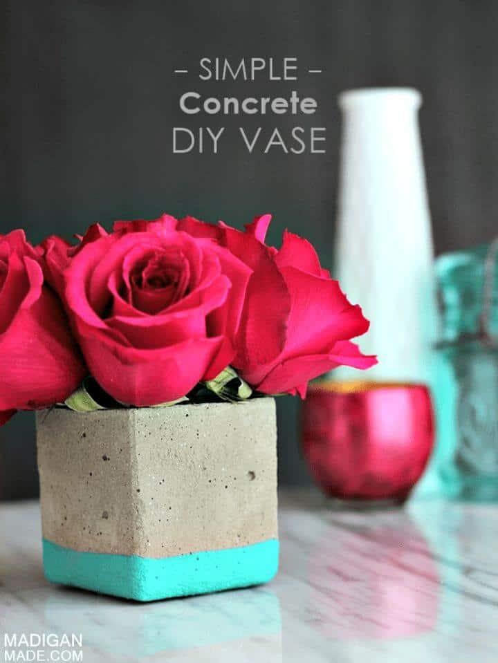 Precioso jarrón floral de hormigón DIY