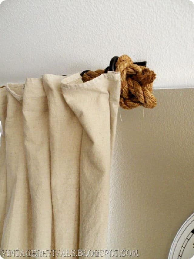 Cómo hacer una barra de cortina de cuerda de bricolaje
