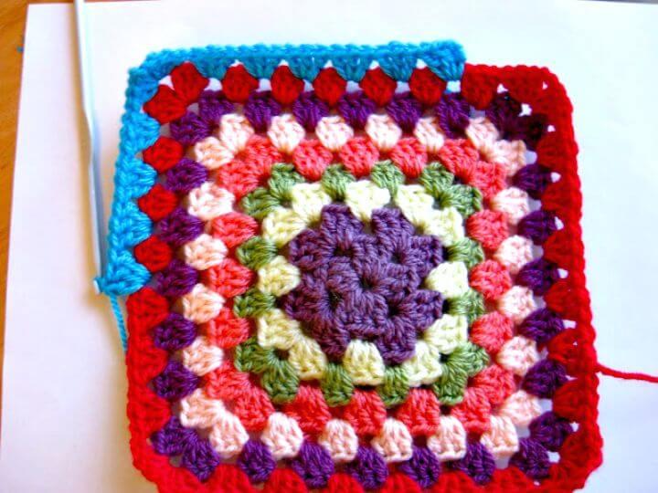 Crochet gratis fácil un patrón cuadrado de la abuelita