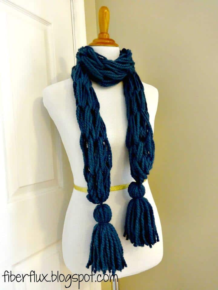 Patrón de bufanda de borla de brazo de punto gratis
