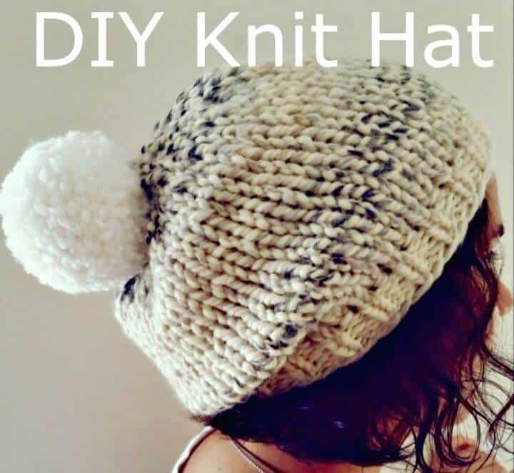 Patrón de sombrero grueso de pelusa de malvavisco de punto gratis fácil