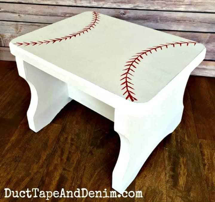 Taburete de béisbol funcional de bricolaje