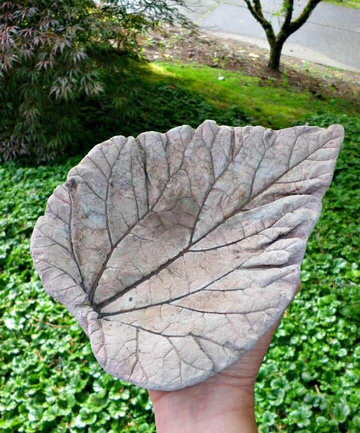 Piezas fundidas de hojas de hormigón de bricolaje fáciles y simples