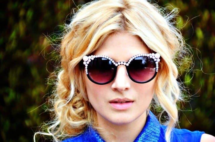 Cómo hacer gafas de sol con incrustaciones de perlas: bricolaje