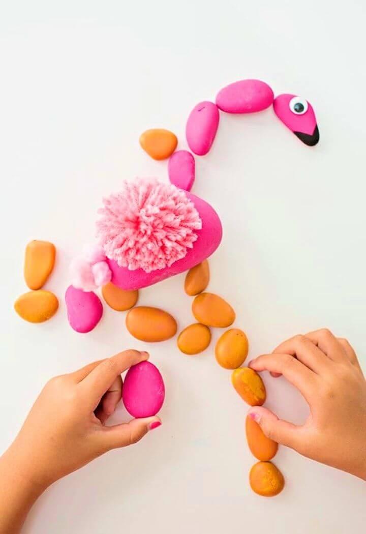 Cómo hacer un rompecabezas de Flamingo Rock, arte de pájaros de roca pintados, animales de roca pintados