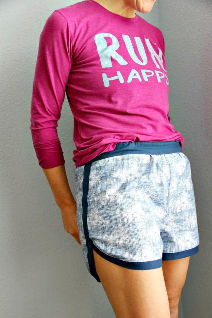 Cómo coser pantalones cortos de gimnasia para mujeres - DIY