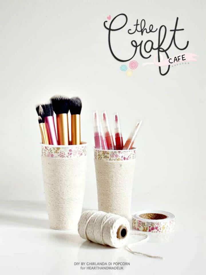 Cómo convertir una taza de café en un almacenamiento de maquillaje: bricolaje