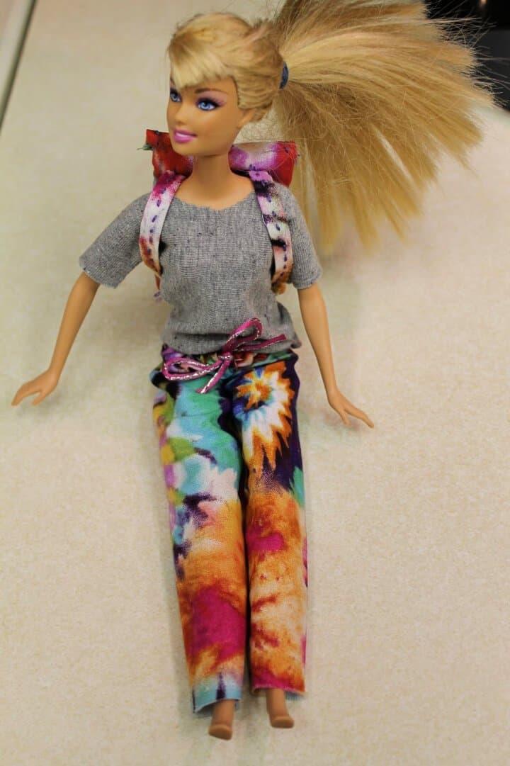 Cómo hacer ropa de muñeca Barbie