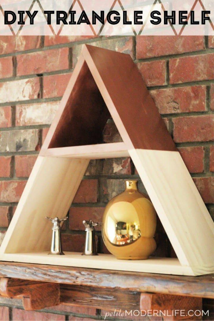 Cómo hacer un estante triangular