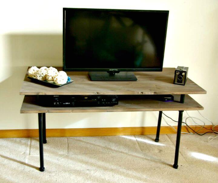 Tutorial de soporte de TV DIY rústico y moderno industrial