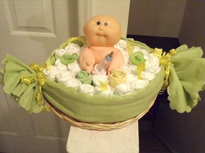 pastel de pañales de bebé de baño