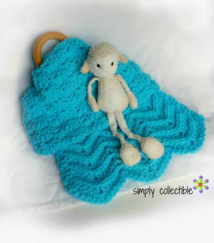 How To Lovey Shells and Chevrones - Crochet Lovey Pattern