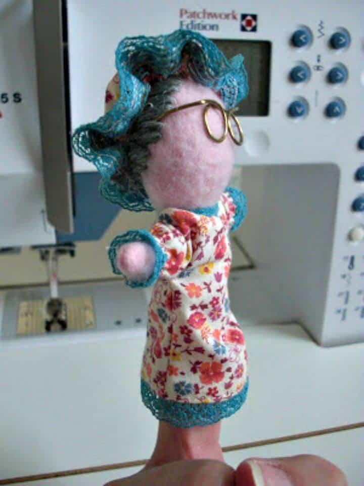 Marionetas de dedo de bricolaje La abuela de Red