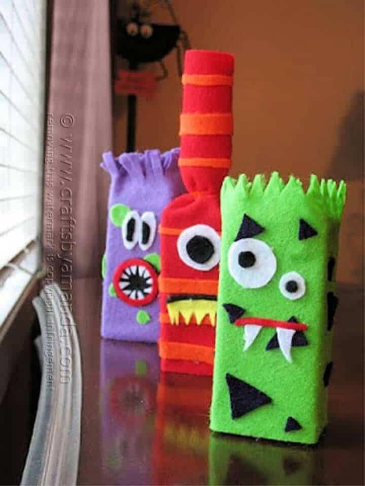 Hacer monstruos de caja de jugo
