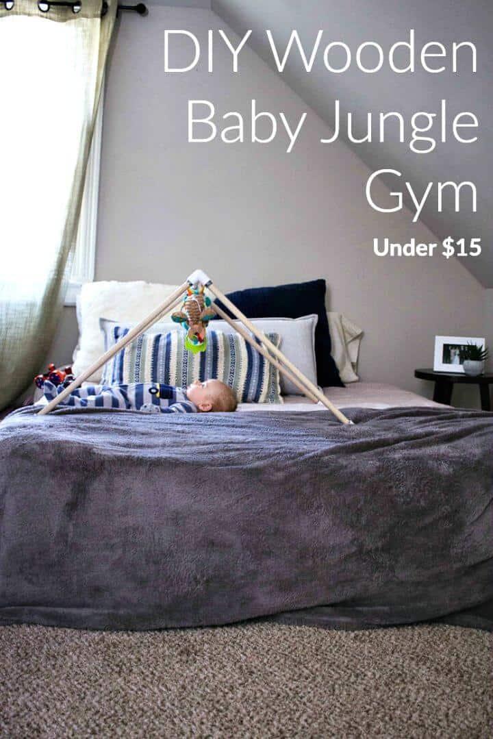 Hacer un gimnasio de madera para bebés en la jungla