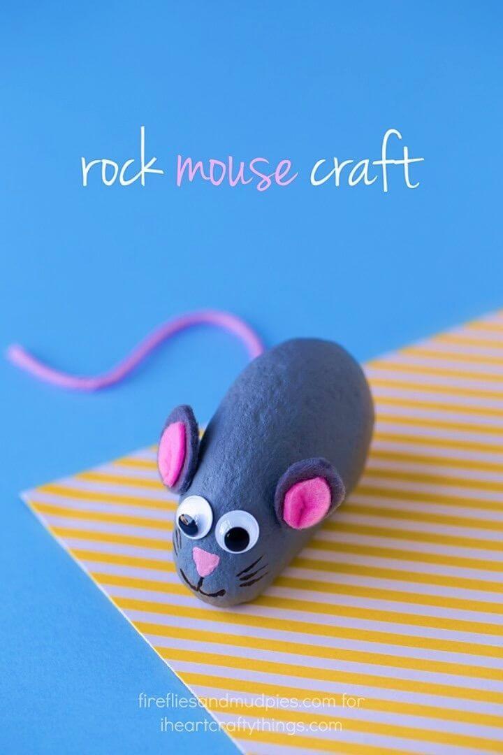 Haga un pequeño ratón pintado dulce Rocas, animales de roca pintados, manualidades de niños de roca pintada,