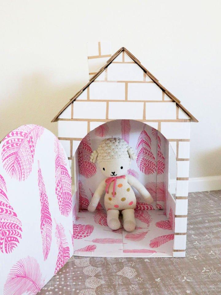 Hacer una casa de juegos de caja de cartón