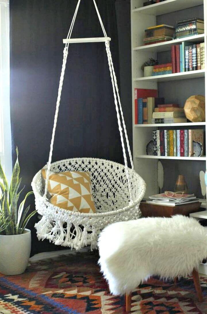 Adorable silla de macramé colgante de bricolaje