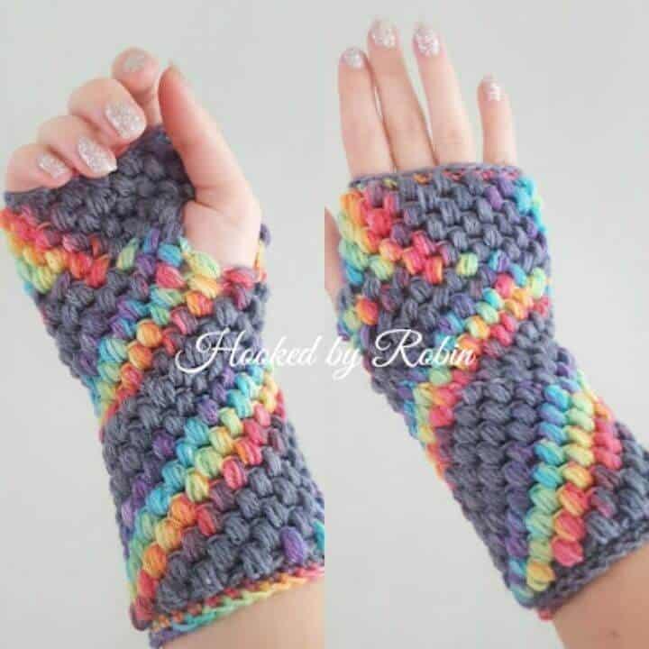 Patrón de guantes sin dedos de puntada de soplo de ganchillo gratis