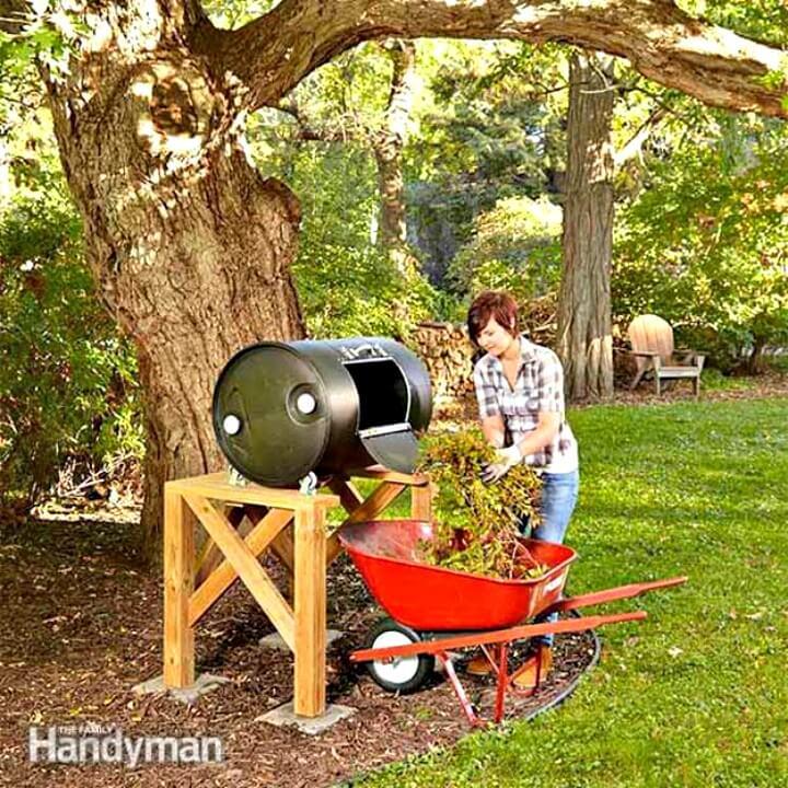 Cómo construir un vaso de barril de compost para su jardín - Bricolaje