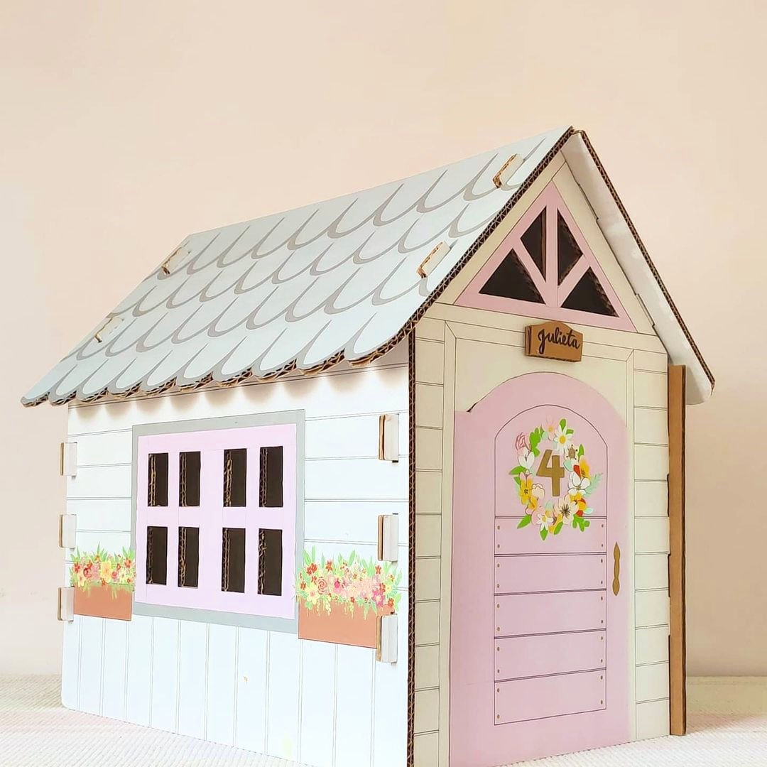 casa de caja de cartón