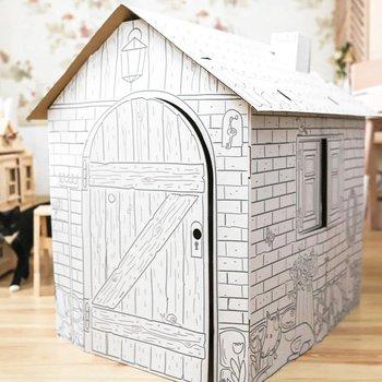 casa de caja de cartón fácil de hacer para que jueguen los niños